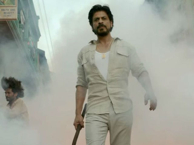 Shah Rukh Khan's Raees Trailer Is a Day Away And Twitter Cannot Cope