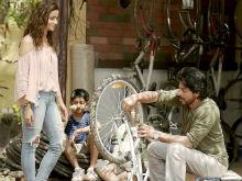 Shah Rukh Khan's <i>Dear Zindagi</i> Has A Fan All The Way Across In Hollywood