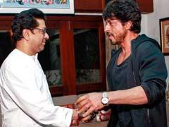 राज ठाकरे से शाहरुख खान की मुलाकात के बाद विपक्ष के निशाने पर आए मुख्यमंत्री देवेंद्र फडणवीस