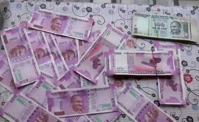 Two Arrested With Fake Notes Worth Rs 1.11 Crore In Gujarat