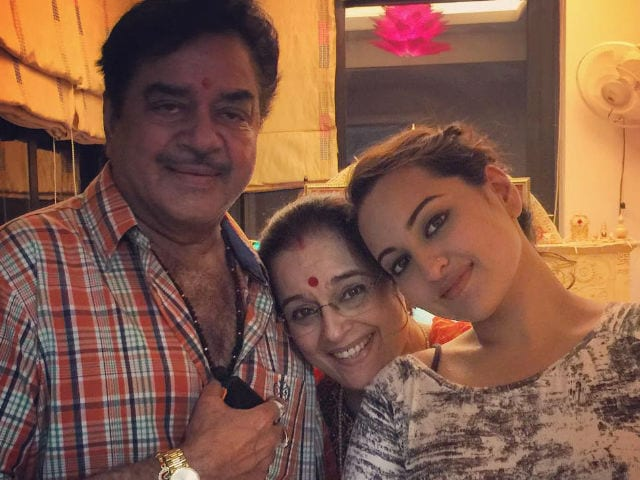 Sonakshi's Birthday Message For Father Shatrughan Sinha Is A Must Read