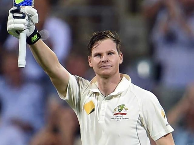 Steven Smith Helps Australia Trim Pakistans Lead at Lunch
