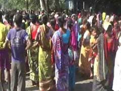 Tea Garden In North Bengal Suspends Work Citing Cash Crunch, Unions Differ