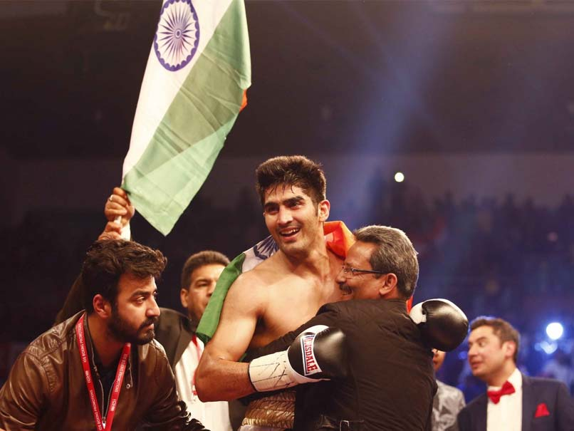 Vijender Singh Knocks Out Francis Cheka, Retains WBO Title