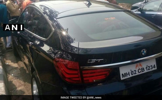 Shiv Sena Leader Aaditya Thackeray Escapes Unhurt In Car Accident