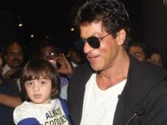 PHOTOS: नन्हें अबराम भी कर रहे हैं पिता शाहरुख खान की फिल्म 'रईस' का प्रचार