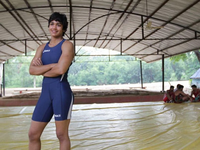 Babita Phogat Loses Her First Post 'Dangal' Bout, Pinned Down in Just 46 Seconds
