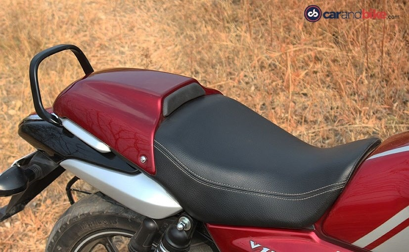 bajaj v12 seat with rear cowl