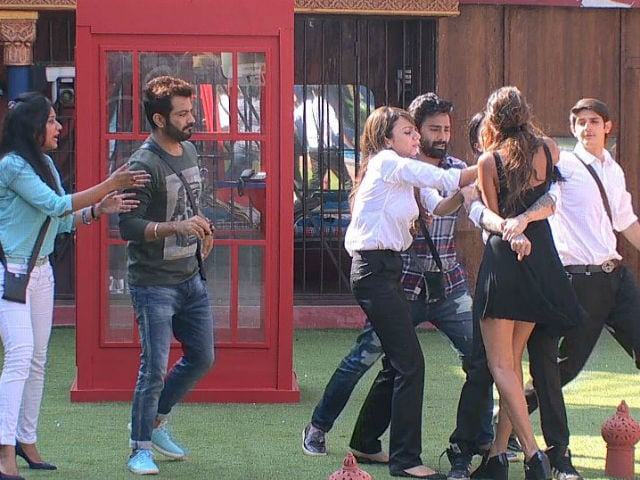 Bigg Boss 10, January 13, Written Episode: Bani And Lopamudra Get Into An Ugly Fight