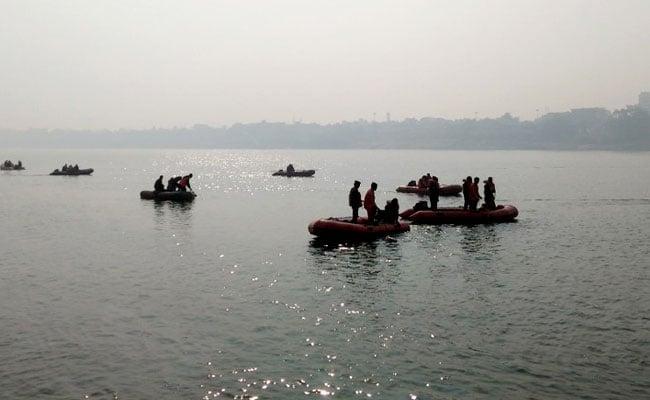 आंध्र प्रदेश : झील में नाव पलटने से एक ही परिवार के 13 लोगों की मौत, मरने वालों में 7 बच्चे शामिल