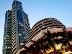 Muhurat Trading: Sensex Falls Nearly 200 Points, Banking Stocks Drag