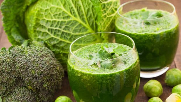 Want A Nourished And Glowing Skin? This Cabbage Juice Could Be Your Miracle Potion