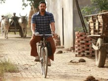 <i>Dangal</i> Collects Rs 385 Crore, Aamir Khan Is 'Touched' And 'Humbled'