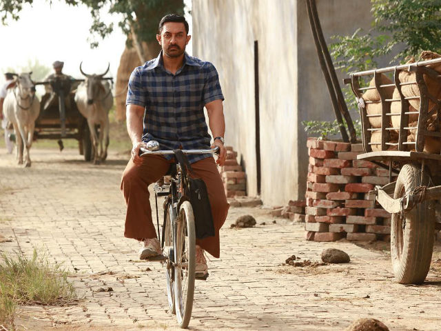 Dangal Collects Rs 385 Crore, Aamir Khan Is 'Touched' And 'Humbled'