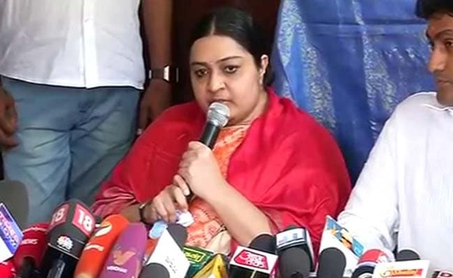 Jayalalithaa's Niece Deepa Jayakumar's Husband To Launch New Party