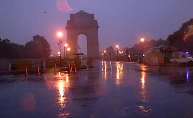 Delhi Sees Dust Storm, Light Showers In Some Parts