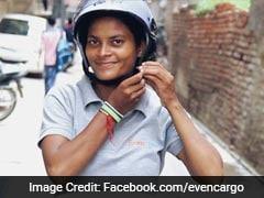 दिल्ली में हो चुकी है 'क्रांति' - अब स्कूटर चलाकर आती हैं लड़कियां घर-घर सामान पहुंचाने