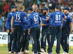 Live Score, India vs England, 3rd ODI, Kolkata: Yuvraj, Kohli Back In The Hut; England Gain Upperhand