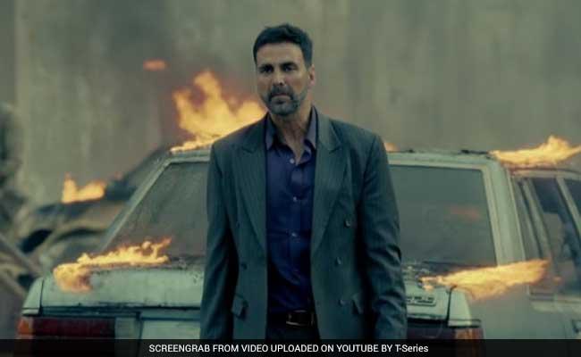 फिल्मफेयर में नहीं मिला अक्षय कुमार को नोमिनेशन, फैन्स ने कहा #Filmfare Awards On Sale