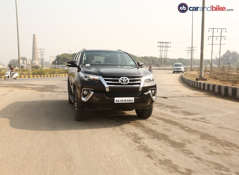 ford endeavour vs toyota fortuner