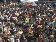एसपी के तबादले के खिलाफ सड़कों पर उतरे लोग, 500 करोड़ के हवाला कारोबार की कर रहे थे जांच