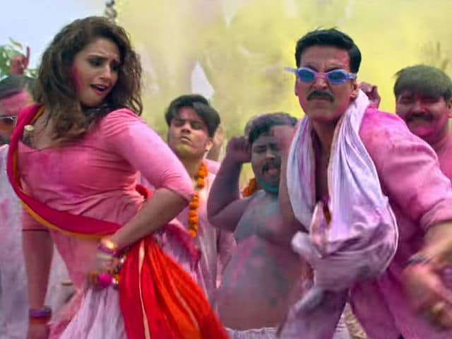 Akshay Kumar's Jolly LLB 2 Song Go Pagal Trends. Govinda Also Approves