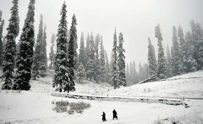 With Mercury Rising, Jammu And Kashmir May Receive Light Rains, Snowfall