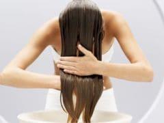 होली में रंग से बाल खराब होने की है टेंशन तो अपनाएं ये टिप्स, नहीं होगा बालों को नुकसान
