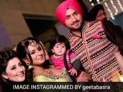 ऐसी रही हरभजन सिंह की बेटी हिनाया की पहली लोहड़ी, गीता बसरा ने शेयर की तस्वीरें