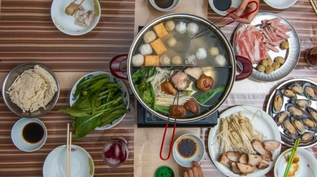 How to Make a Hotpot Meal: 5 Essential Tips for All-in-One Cooking