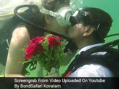 They Exchanged Wedding Vows Underwater, Using Placards; A First In India