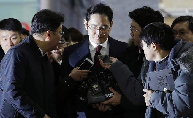 Samsung Heir Awaits Court Decision On Possible Arrest