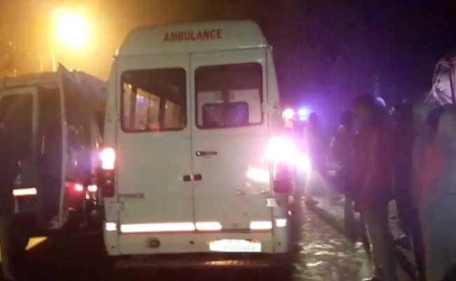 यूपी में अलग-अलग सड़क दुर्घटनाओं में 4 लोगों की मौत, 6 घायल
