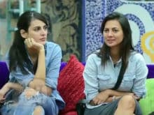 <i>Bigg Boss 10</i>: Ex Contestants Mandana Karimi And Rochelle Rao Catfight On Twitter
