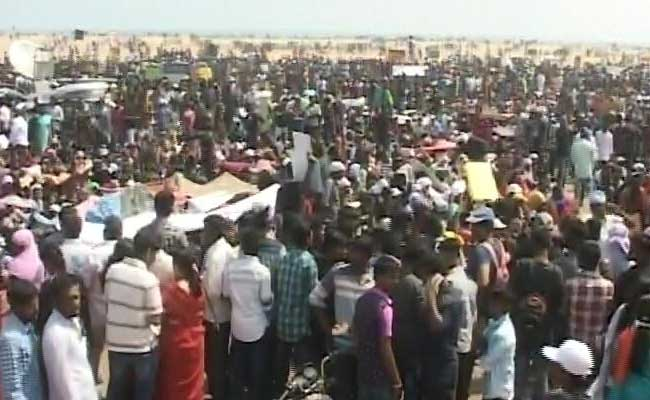 Chennai Police Warns Of Action Against Protesters On Marina Beach