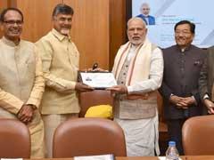 50,000 रुपए से अधिक के लेनदेन पर टैक्स लगे, मुख्यमंत्रियों के पैनल ने पीएम मोदी को रिपोर्ट सौंपी