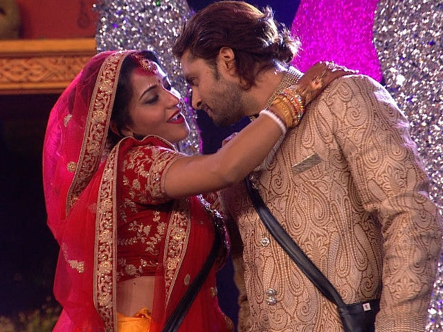 Bigg Boss 10: Monalisa Claims Her Wedding Was Not For 'Publicity'