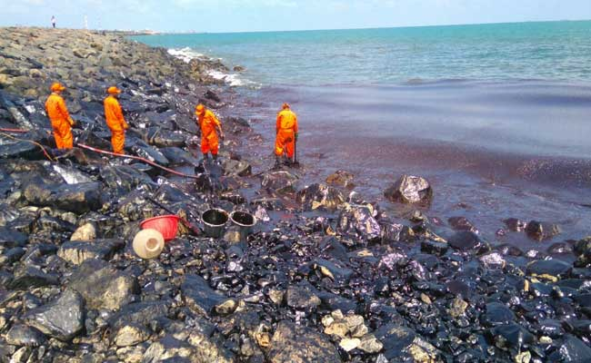 Oil Spill Near Chennai Blackens Beaches, Fishing Community ...