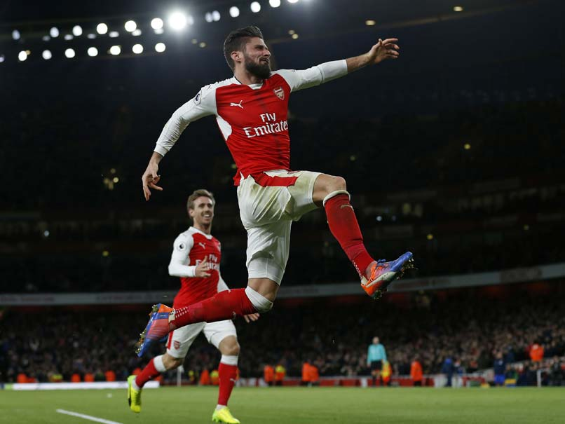 Olivier Giroud's Scorpion Stunner Stings Crystal Palace