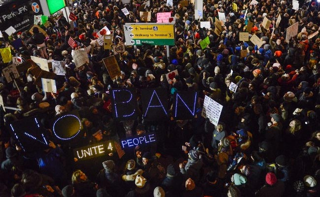 Trump Gives No Sign Of Backing Down From Travel Ban