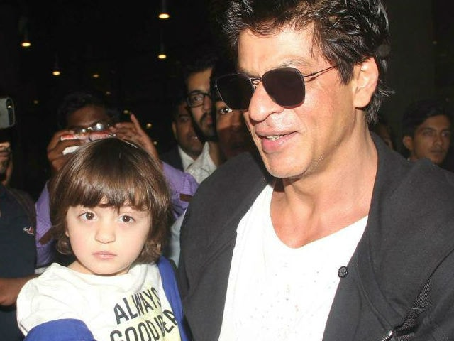 Raees: What Shah Rukh Khan And AbRam Did In Amritsar