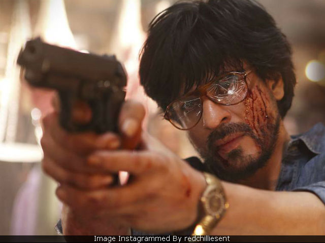Raees: Shah Rukh Khan Ko Battery Nahi Bolneka. Understood?