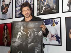डब्बू रतनानी के कैलेंडर रिलीज पार्टी में शाहरुख खान ने दिखाया 'रईस' स्टाइल