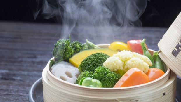 How to Steam Vegetables the Right Way: 5 AmazingTricks