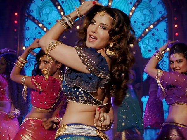 Raees: Sunny Leone's Song Laila Main Laila Is A Rage In Theatres, She Loves The