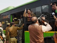 Trinamool Lawmakers Protest For the Second Consecutive Day In Delhi