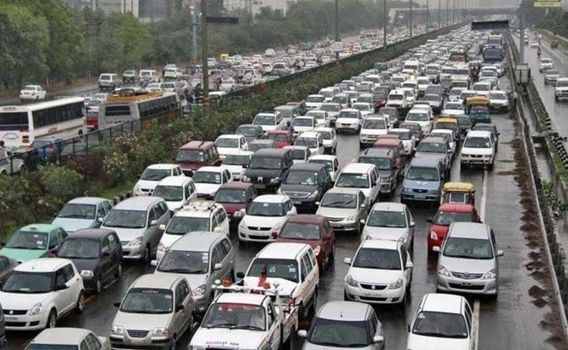 Nitin Gadkari Tells Carmakers: Move To Electric Cars Or Be Bulldozed