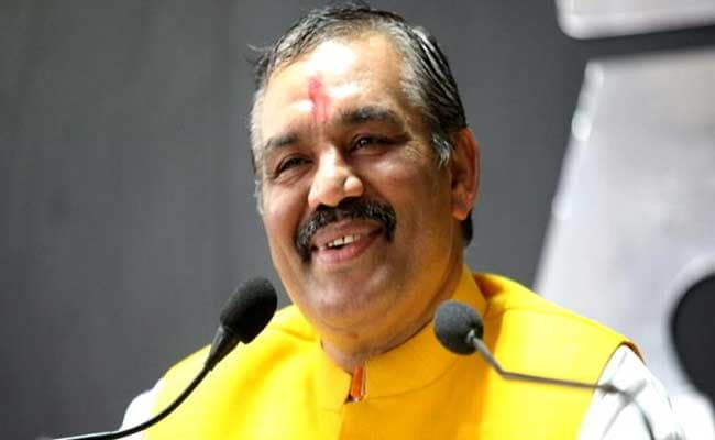 लोकसभा चुनाव : टिकट कटने पर इस केंद्रीय मंत्री ने कहा, बीजेपी ने गौ हत्या कर दी