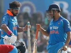 INDvsENG : जिस गेंदबाज ने कोहली, धवन और केएल राहुल को लौटाया, उस पर धोनी-युवी ने जड़े चौके-छक्के