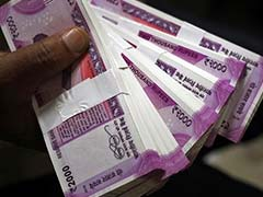 India's Fiscal Deficit In May At Rs 3.3 Lakh Crore
